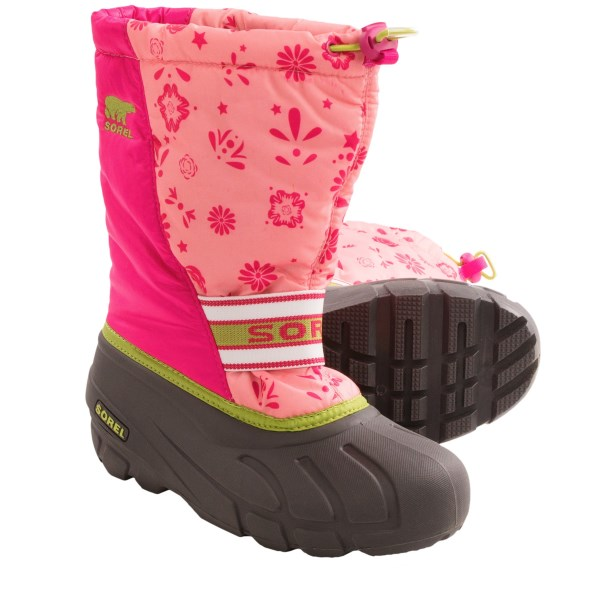 CLOSEOUTS . Keeping her on track is easy when she can take on the white stuff in Soreland#39;s Cub Graphic 13 snow boots. Featuring a brightly printed upper with adjustable snow collar and easy-grab lace lock, these boots lend a burst of color while keeping the cold stuff out! Available Colors: CORAL PINK/GREEN TEA. Sizes: 5, 6, 7.