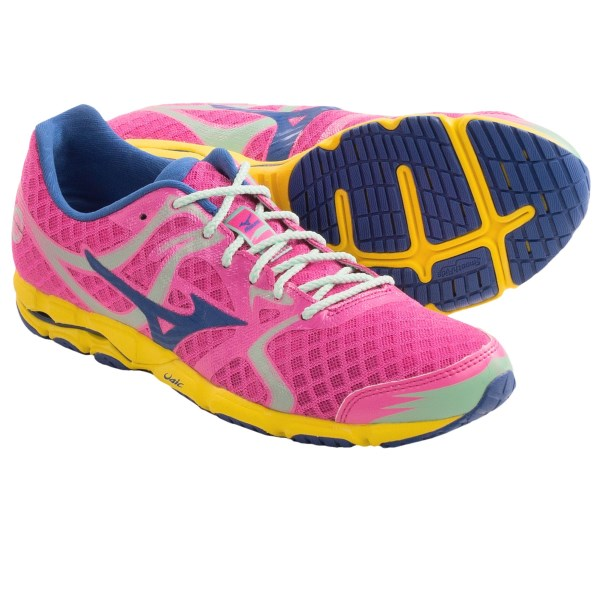 CLOSEOUTS . You?ll be on cloud nine in the uber-light Mizuno Wave Hitogami running shoe. A flat-bottomed design inspired by Japanese racing flats, this low-profile favorite excels at speed work and training runs, its smooth and lean design perfect for hitting your next PR. Available Colors: WHITE/BLUE DEPTHS/AURORA, CELOSIA/WHITE/JAZZY, ELECTRIC/OLYMPIAN BLUE/CYBER YELLOW, GREEN FLASH/CARIBBEAN SEA. Sizes: 6, 6.5, 7, 7.5, 8, 8.5, 9, 9.5, 10, 10.5, 11, 11.5, 12.