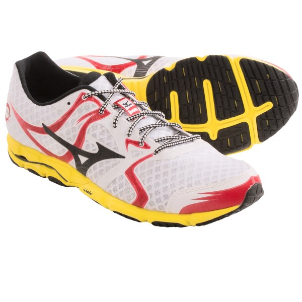 CLOSEOUTS . Youand#39;ll be on cloud nine in the uber-light Mizuno Wave Hitogami running shoe. A flat-bottomed design inspired by Japanese racing flats, this low-profile favorite excels at speed work and training runs, its smooth and lean design is perfect for hitting your next PR. Available Colors: WHITE/BLACK, DAZZLING BLUE/SILVER/GREEN FLASH, PURPLE PLUMERIA/WHITE. Sizes: 7, 7.5, 8, 8.5, 9, 9.5, 10, 10.5, 11, 11.5, 12, 12.5, 13, 14, 15, 16.