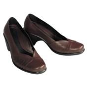 women-dress-shoes-calfskin-leather