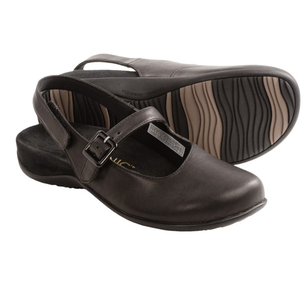 CLOSEOUTS . Equal parts stylish and supportive, Vionicand#39;s Abigail shoes top their mule-inspired silhouette with a buckle-adjustable instep strap and touch-fasten sling-back heel strap, then amp up the comfort element with pronounced arch support and a firm, flexible midsole. Available Colors: BLACK, BRONZE METALLIC, ESPRESSO. Sizes: 5, 5.5, 6, 6.5, 7, 7.5, 8, 9, 10, 11.