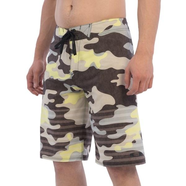 Oakley Camo Boardshorts - 21? (For Men)