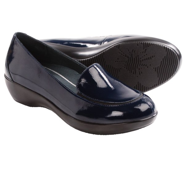 CLOSEOUTS . In basic black leather or high-gloss patent options, Danskoand#39;s Debra shoe is the perfect blend of sensible and spirited. Perfect for travel, they provide all-day comfort, and are snazzy enough for client dinners, too. Available Colors: BLACK CRINKLED PATENT, BLACK NAPPA, NAVY CRINKLED PATENT. Sizes: 36, 37, 38, 39, 40, 41, 42, 43.