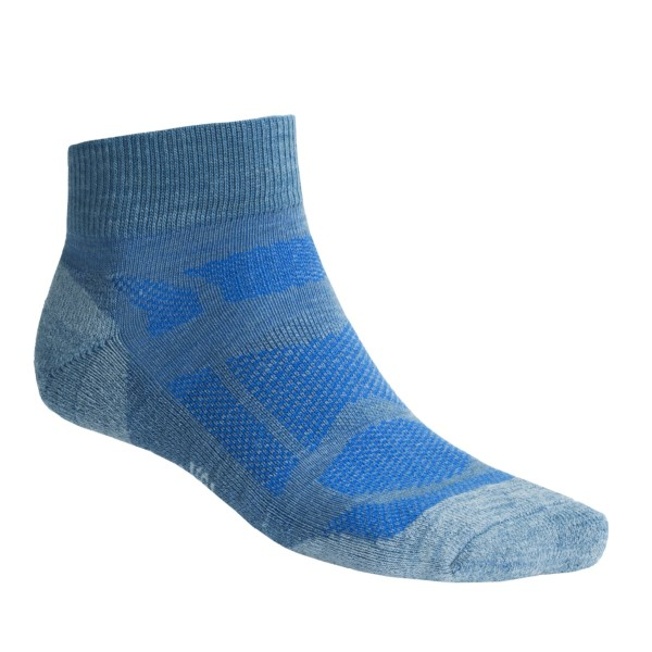 CLOSEOUTS . SmartWooland#39;s Outdoor Sport mini socks were made for outdoor activity in warmer weather. From biking to running, the moisture-wicking, temperature-regulating merino wool fibers keep perspiration and comfort in check. Available Colors: CADET BLUE, MAHOGANY, DEEP NAVY HEATHER, CRIMSON, UNION BLUE, CELADON, CHINO, STEEL BLUE, LODEN, OYSTER, FOREST, REVOLUTION, BURNT LAVA, GREEN TEA, CAYENNE. Sizes: L, XL, M.