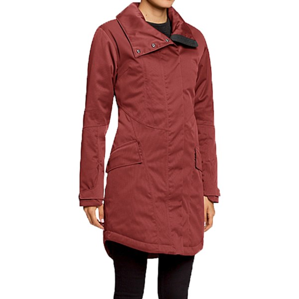 CLOSEOUTS . Sophisticated style meets performance-ready elements in NAUand#39;s Luminary Trench coat, featuring warm polyfill insulation, fully seam-sealed waterproof protection and flattering shape-enhancing darts. Available Colors: ADOBO. Sizes: XS, S, M, L.
