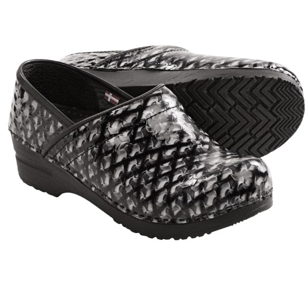 CLOSEOUTS . Sass up your workday in Sanitaand#39;s Professional Dory clogs. Anything but boring in shimmery, polished embossed leather, these babies take comfortable, anatomic style into a stellar realm of style. Available Colors: BLACK, PURPLE. Sizes: 35, 36, 37, 38, 39, 40, 41, 42, 43.