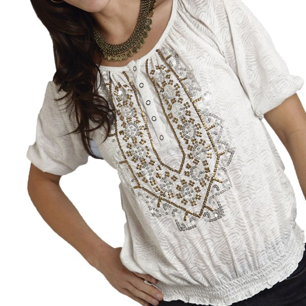 CLOSEOUTS . The oh-so-boho Cheri Amor peasant blouse from Roper offers a dreamy, drapey style that youand#39;re sure to fall for. The silky, semi-sheer burnout fabric is fashioned into a relaxed, flowy design and adorned with shimmery metallic sequins for a bold dose of dazzle. Available Colors: WHITE. Sizes: S, M, L, XL, 3X.