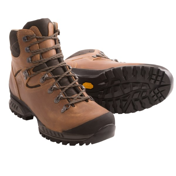 CLOSEOUTS . Hanwag Tatra hiking boots are suitable for challenging hikes, extended treks and off-trail exploration. The waxed nubuck upper is paired with the Vibramand#174; Integral outsole for stability when carrying heavy loads. Available Colors: NUSS, ALPINE/ALPIN. Sizes: 6, 7, 7.5, 8, 8.5, 9, 9.5, 10, 10.5, 11, 11.5, 12, 12.5, 13.