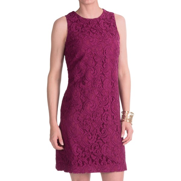 CLOSEOUTS . Dark raspberries are delicious for all sorts of reasons, not the least of which is their rich color -- a luscious hue that has found its way into Cynthia Steffeand#39;s Drake Rose shift dress. Simply styled with a beautiful lace overlay. Available Colors: DARK RASPBERRY. Sizes: 2, 4, 6, 8, 10, 12.