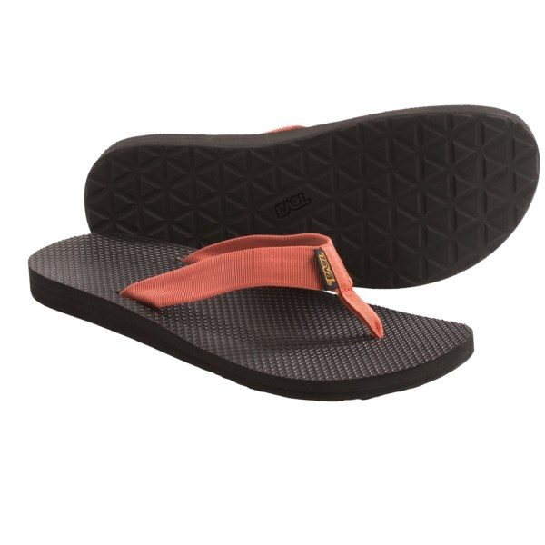 CLOSEOUTS . Give your toes a big dose of vitamin D when you sport Tevaand#39;s Classic flip-flop sandals, featuring a soft quick-drying upper and a tough rubber outsole. Available Colors: GREY, MOSAIC BROWN, MOSAIC GREY, MINERAL YELLOW, TERRA COTTA, OLD LIZARD BLUE, VINTAGE INDIGO. Sizes: 7, 8, 9, 10, 11, 12, 13, 14.