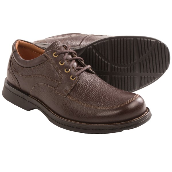 CLOSEOUTS . Rockportand#39;s RVSD shoes present a classic look with modern comfort that transitions from the office to an evening on the town without missing a step. Smooth leather upper with a moc toe pairs with adiPRENEand#174; cushioning for relaxed, all-day wear. Available Colors: BROWN TUMBLED. Sizes: 7, 7.5, 8, 8.5, 9, 9.5, 10, 10.5, 11, 11.5, 12, 13, 14.