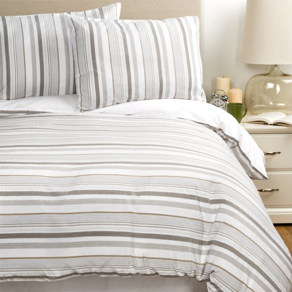 Melange Home Seersucker Embellished Duvet Set - King