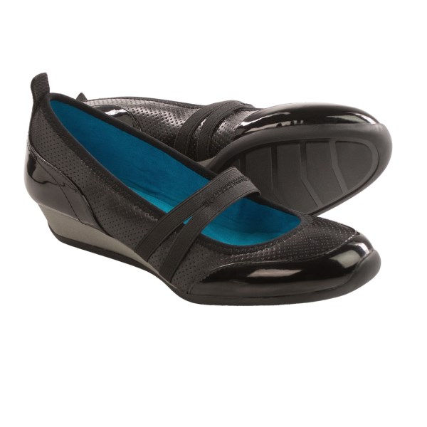 CLOSEOUTS . Featherweight and flexible, Vittadini Sport Vonn Mary Jane shoes boast patent leather panels for a hint of luxury and a cushioned footbed for all-day comfort. Available Colors: BLACK PERF SMOOTH PATENT. Sizes: 6, 6.5, 7, 7.5, 8, 8.5, 9, 9.5, 10.