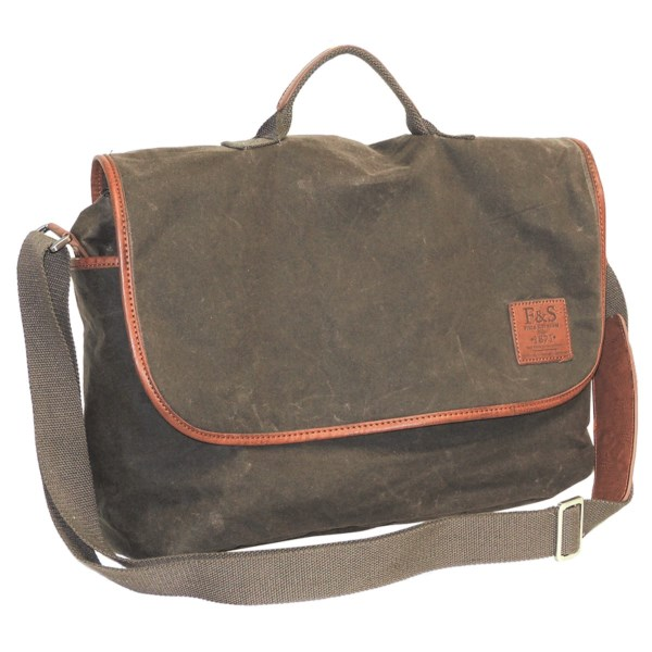 Field And Stream Huntington Collection Messenger Bag