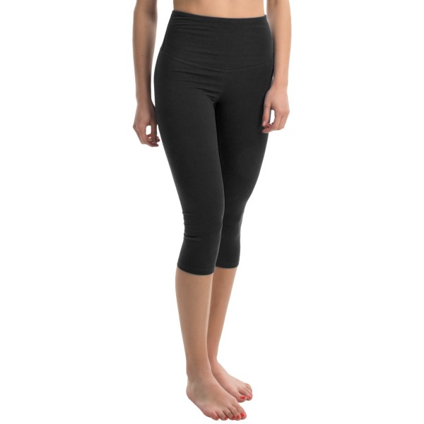 CLOSEOUTS . Super-comfy keepers, Yummie Tummieand#39;s Talia capri leggings flatter in soft, lightweight stretch cotton that also visually slims and smooths the tummy, hips and thighs. Available Colors: BLACK. Sizes: XS, S, M, L, XL.