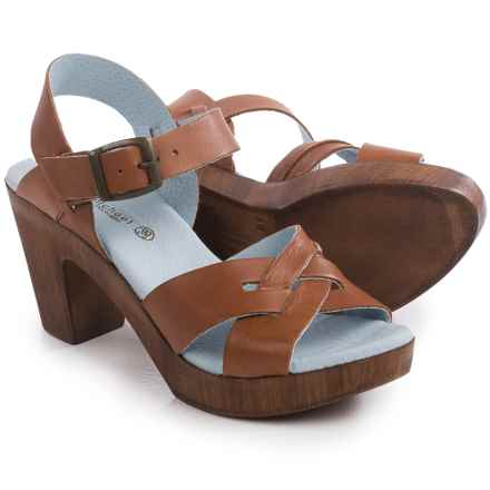 Eric Michael Philly Sandals - Leather (For Women) in Tan - Closeouts
