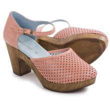 Eric Michael Sadie Clogs - Leather (For Women) in Melon - Closeouts