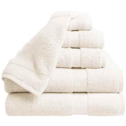 Espalma 700 Series Bath Towel Set - 6-Piece Set in Cream - Closeouts