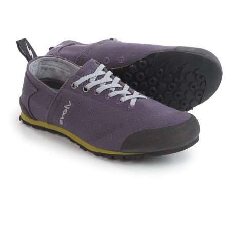 Evolv Cruzer Shoes (For Men and Women) in Purple