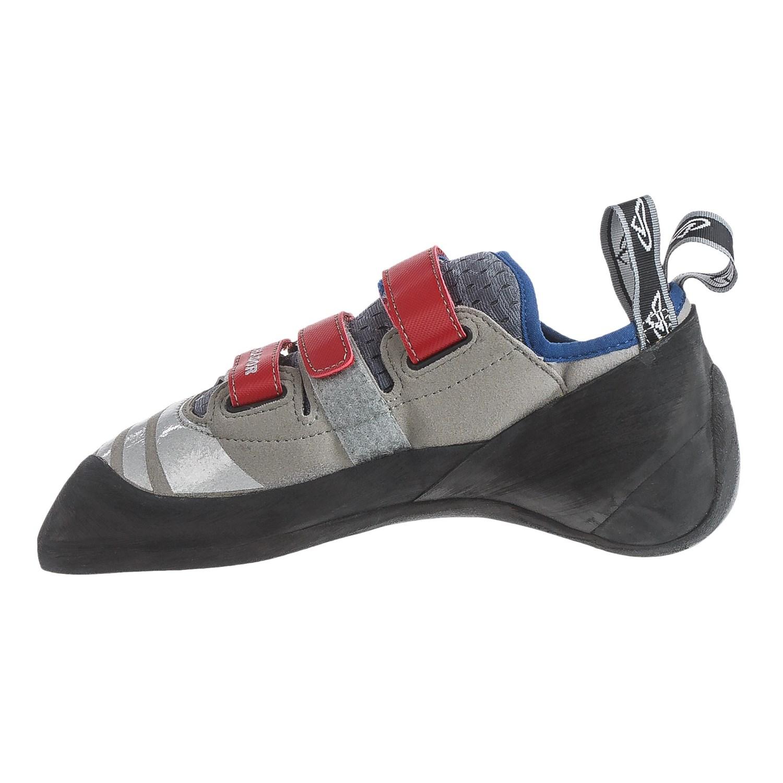 Kronos Shoes Review