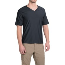 ExOfficio Give-N-Go Base Layer Top - V-Neck, Short Sleeve (For Men) in Curfew - Closeouts