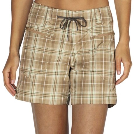 ExOfficio MarLoco Plaid Shorts - UPF 40+, Water Resistant (For Women) in Walnut