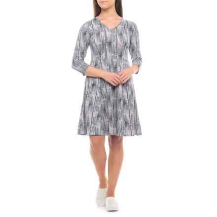 ExOfficio Wanderlux Sayward Dress - UPF 30, 3/4 Sleeve (For Women) in Carbon Print - Closeouts