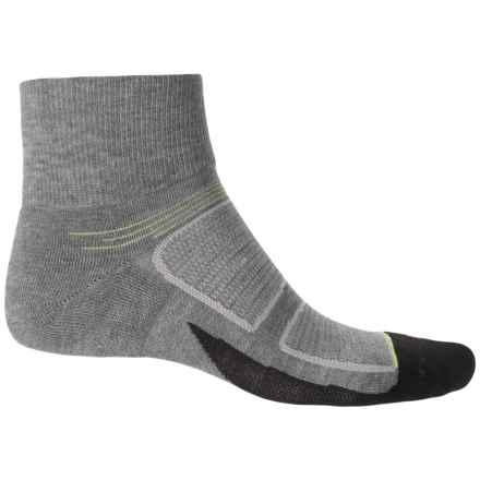 Feetures Elite Max-Cushion Socks - Quarter Crew (For Men and Women) in Heather Gray/Reflector - Closeouts