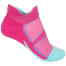 Feetures Elite No-Show Socks - Below the Ankle (For Women) in Deep Pink/Aruba Blue - Closeouts