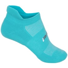 Feetures High-Performance No-Show Socks - Below the Ankle (For Women) in Aqua - Closeouts