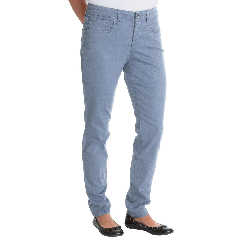 figure shaping skinny jeans for women in light denim. Black Bedroom Furniture Sets. Home Design Ideas