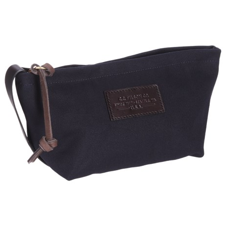 "Filson Small Rugged Twill Travel Kit - 5.5x7x4"" in Navy"