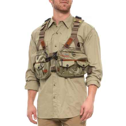 Fishpond Vaquero Tech Pack Vest - Waxed Cotton in Driftwood