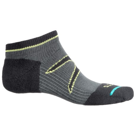 FITS Light Runner Tech Low Socks - CoolMax®, Below the Ankle (For Men and Women) in Pewter-X