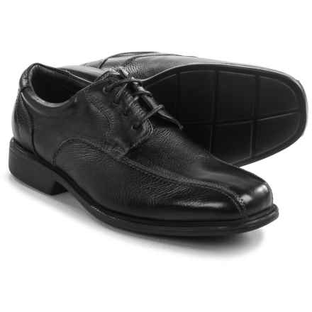 Florsheim Freedom Oxford Shoes - Leather, Bike Toe (For Men) in Black Tumbled - Closeouts