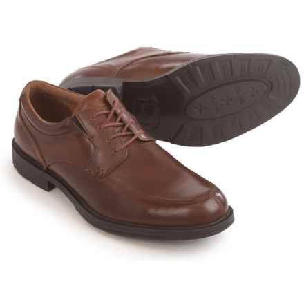 Florsheim Mogul Moc-Toe Oxford Shoes - Leather (For Men) in Cognac - Closeouts