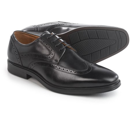 Florsheim Pinnacle Wingtip Oxford Shoes - Leather (For Men) in Black