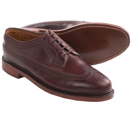 Florsheim Veblen Wingtip Shoes (For Men) in Wine