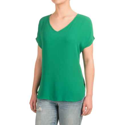 Fluttery V-Neck Shirt - Short Sleeve (For Women) in Shady Glade - 2nds