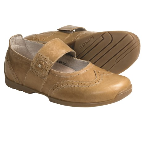 Footprints by Birkenstock Elmira Shoes - Leather (For Women) in Sand