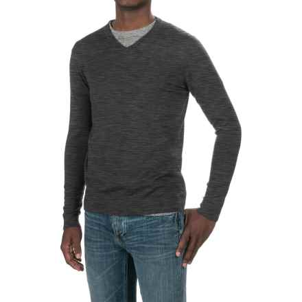 Forte Cashmere Worsted V-Neck Sweater (For Men) in Charcoal - Closeouts
