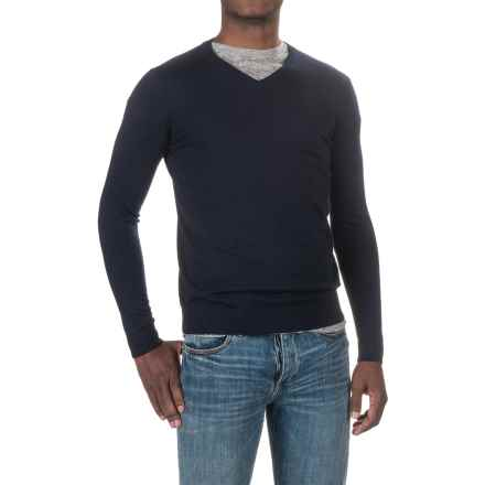 Forte Cashmere Worsted V-Neck Sweater (For Men) in Navy - Closeouts