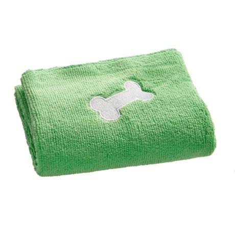 "Four Paws Magic Coat Microfiber Towel - 22x18"" in Green"