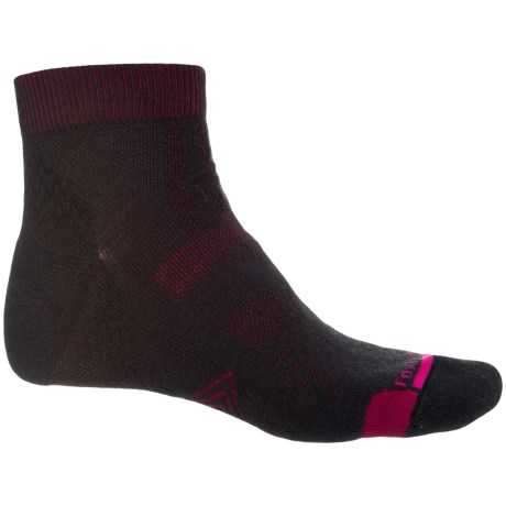 Fox River PrimaHike PrimaLoft® Hiking Socks - Merino Wool, Quarter Crew (For Men and Women) in Black/Fig