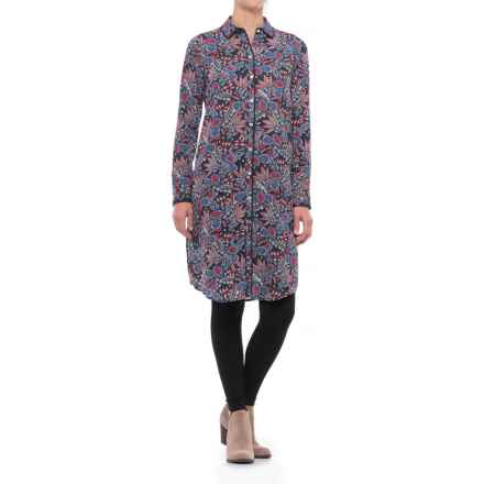 Foxcroft Brin Americana Paisley Tunic Shirt - Long Sleeve (For Women) in Navy Multi - Closeouts