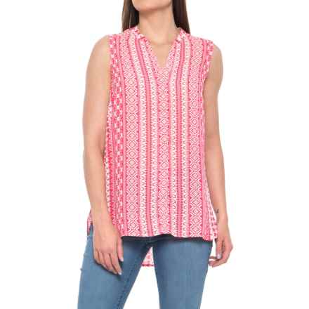 Foxcroft Leena Island Geometric Print Shirt - Sleeveless (For Women) in Hibiscus - Overstock
