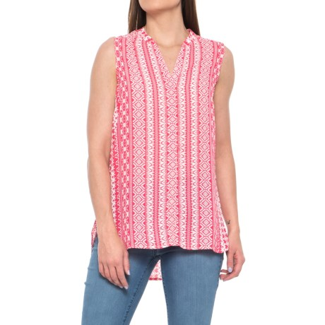 Foxcroft Leena Island Geometric Print Shirt - Sleeveless (For Women) in Hibiscus