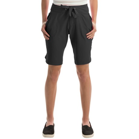 Free Country Woven Stretch Bermuda Shorts (For Women)