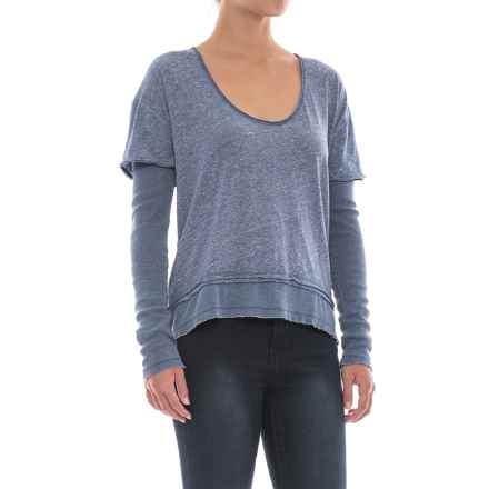 Free People Magic T-Shirt - Scoop Neck, Long Sleeve (For Women) in Blue - Closeouts
