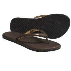 Freewaters Vezpa Sandals - Flip-Flops (For Women) in White/Black